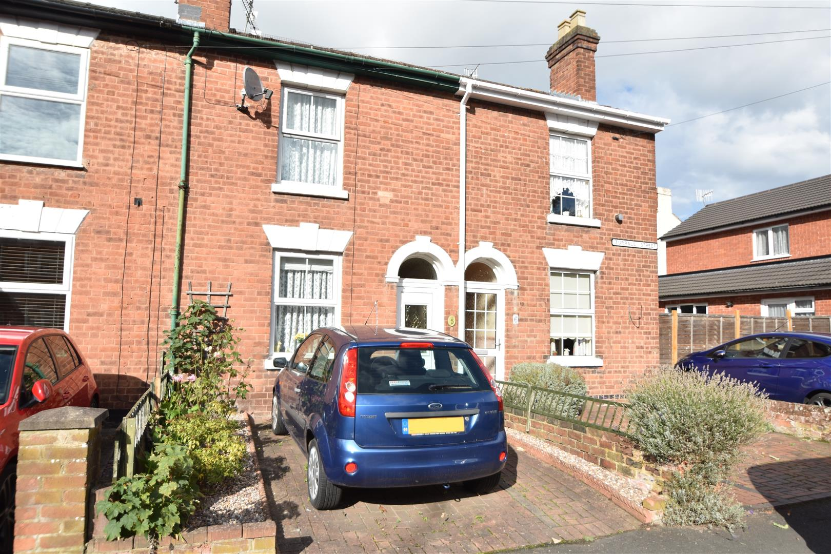 2 Bedrooms Terraced House for sale in Turrall Street, Worcester